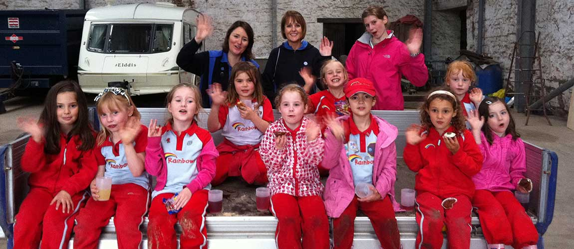 Inchture Rainbows Farm Visit